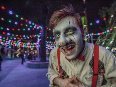 Costumed character at Knott's Scary Farm event